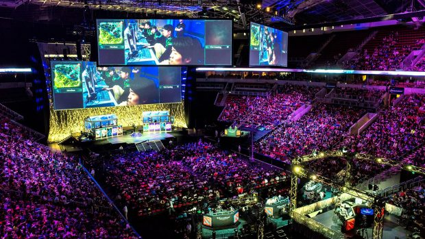 Diverse edizioni del The International di Dota 2 (dal 2014 al 2017) si sono tenute alla KeyArena di Seattle.