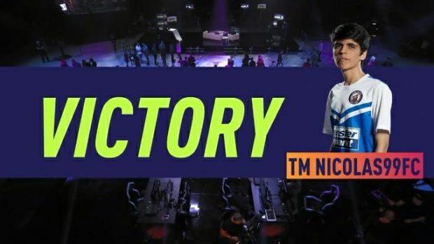 "Il vincitore dei FIFA 18 PlayOff 2018 Nicolas ""Nicolas99FC"" Villalba."