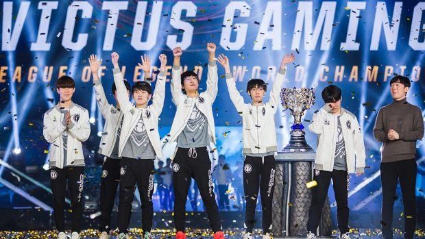 I vincitori del torneo League of Legends World 2018, gli Invictus Game (IG) - Credits: Riot Games