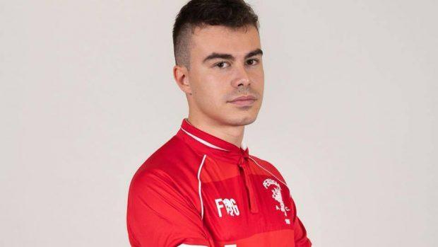 """Elia """"Ruggio"""" Rugini compete in FIFA con la maglia del Perugia."""
